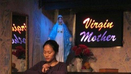 Vivian Chiu in THE TENANT