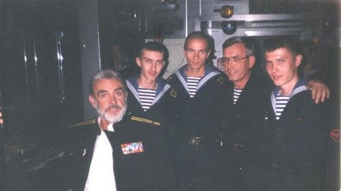 Sean Connery and Russian sailors - Hunt for Red October