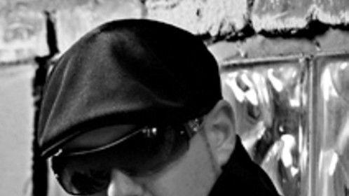Close Up Black n White