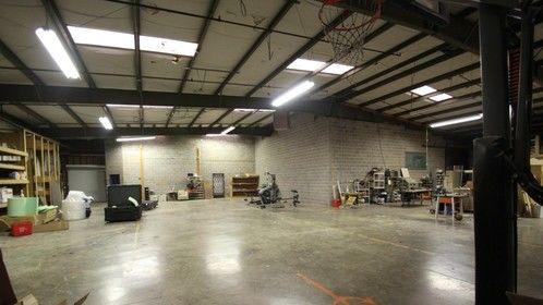 7,000+ sq.ft. warehouse