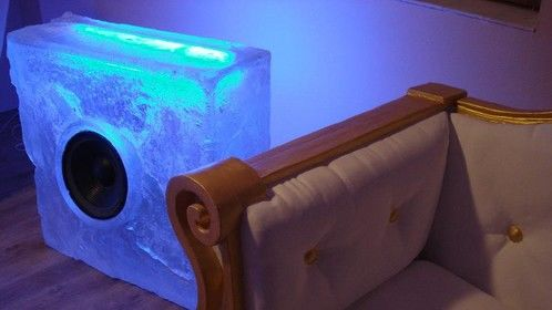 dj mixing desk imatating ice cube