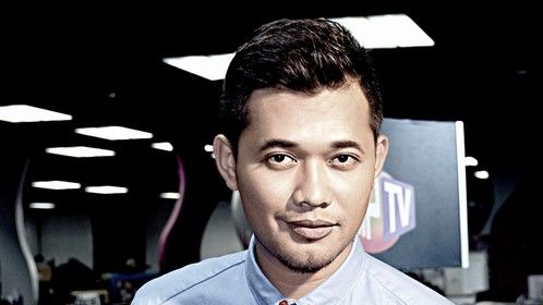 Make-up Karl Shafek - HipTV host for TV9 Malaysia