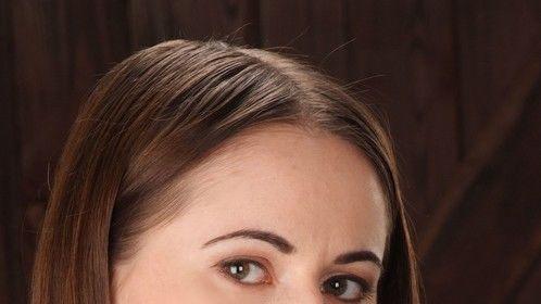 Headshot (hair's darker and longer now)