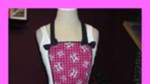 Houndstooth Skull Apron
