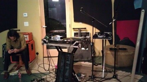 another guitar/keyboard/sampler/drum machine setup.. so many sounds!