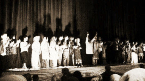 """Curtain call """"Putera Raja Luncai"""", the first play I write, direct and produce."""