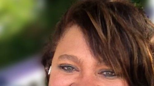 Jean Robinson is an award winning video producer seeking a full time position