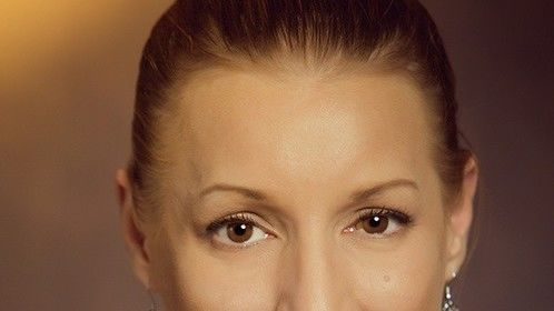 Impromptu Headshot by Celine Michelle Photography