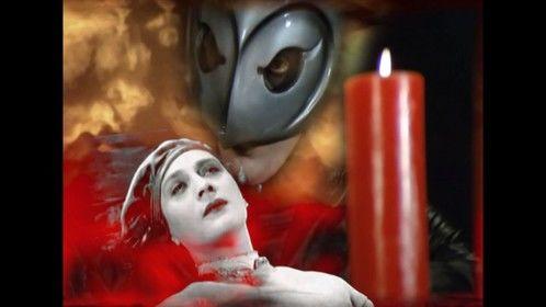 http://vimeo.com/album/102416/video/25765593 Faust Goto Hell, Elvis Undead Cie 2011