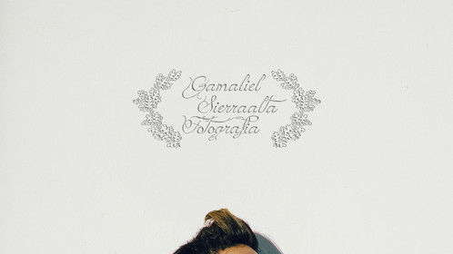 Photo: Gamaliel Sierraalta Model: Damaris Vidal