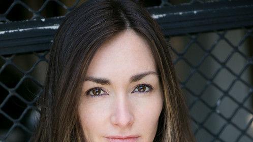 Headshot courtesy of Acting Photographer