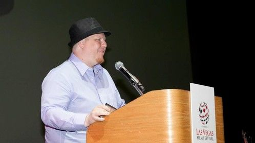 Why should a writer give a speech???  Oh it's just not right!