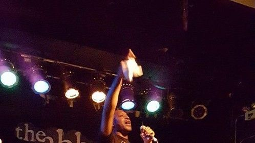This is me performing live @Abbey Pub Chicago