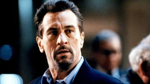 Heat (1995)  Dir: Michael Mann Stars: Al Pacino, Robert De Niro, Val Kilmer, Jon Voight  A group of professional bank robbers start to feel the heat from police when they unknowingly leave a clue at their latest heist.  Watch here: http://www.watchfree.to/watch-3ad-Heat-movie-online-free-putlocker.html