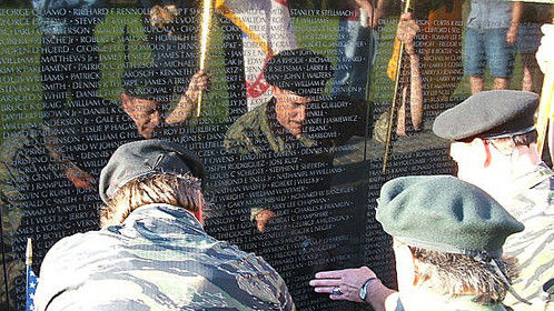 2005 Reunion at the Vietnam War Memorial