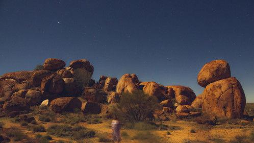 Devils Marbels in a Super Moon glow | the sectret people of Karlu Karlu