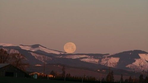 moon over verbort, one of thousands from my international photo page