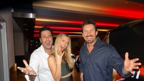 actor Jonathan Silverman and actress/wife Jennifer Finnegan with Richard Wilk
