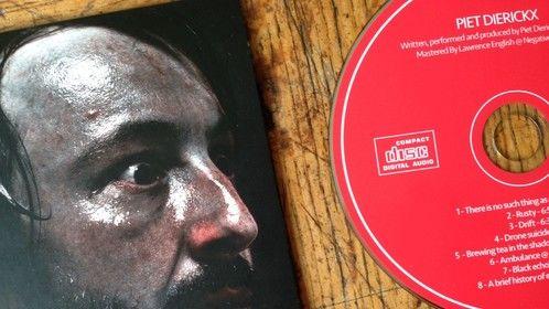 Solo CD.