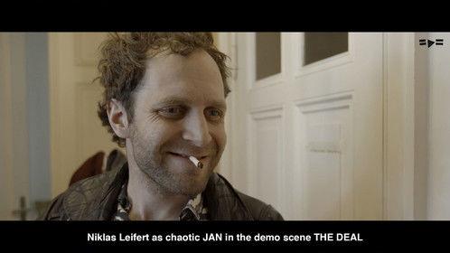 Niklas Leifert as chaotic JAN in the demo scene THE DEAL