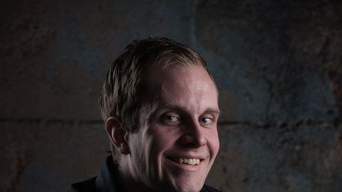 Mikael Roth Headshot 2