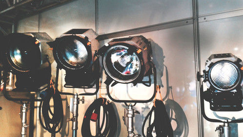Love these vintage-look cinematic light fixtures! These ones were displayed at the SET EXPO Trade Show in Sao Paulo a few years ago.