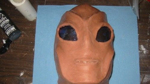 clay model of alien