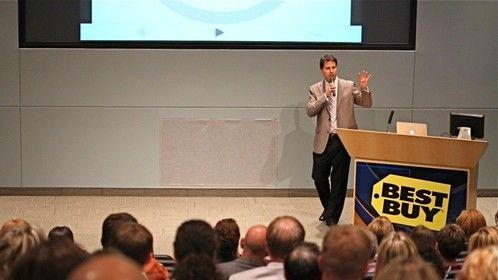 David Gee presenting 3 Second Selling™ @ Best Buy