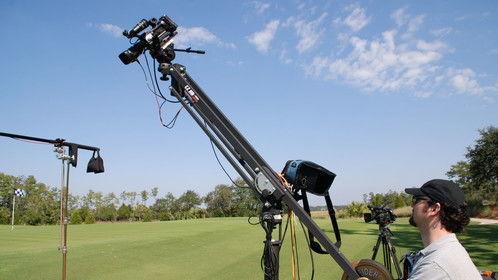 Jib operating on a golf equipment promo
