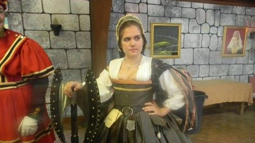 A spunky Scottish Lady in Waiting- Castle of Muskogee 2013