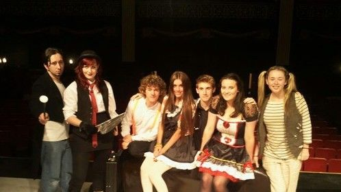 Cast of 'Alice'