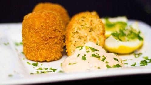 Gary's famous Maryland Crab cakes with garlic lemon aioli