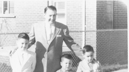 Tony the Chef and his three sons (1959) #DogWaterFree