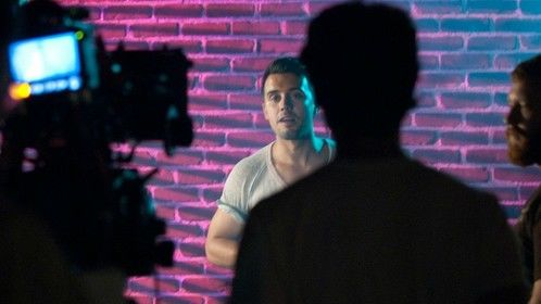 Francisco Pryor Garat on the MODUS OPERANDI short film set.