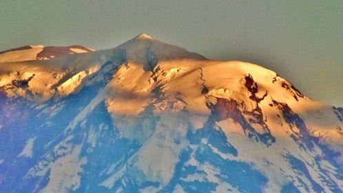 A magical light on Mt. Rainier.