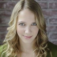 Caitlin Lyons