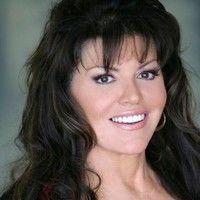 Gina Lee