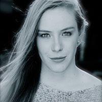 Sophie Renae
