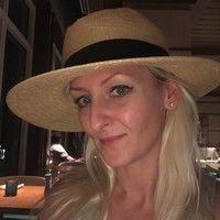 Cindy J Mazur
