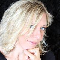 Laurie Faria Stolarz