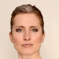 Karin D Angele