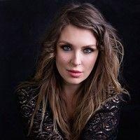 Natalie J Heslop