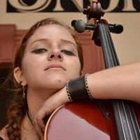Ana Laura Hernandez