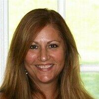 Lynne Constantine