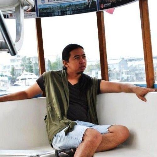Raymund Santos