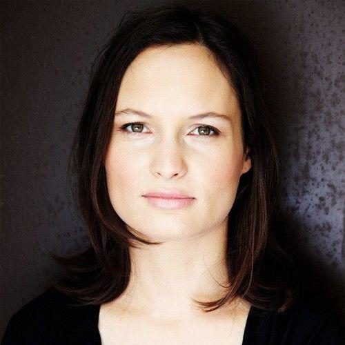 Chloe Schwank