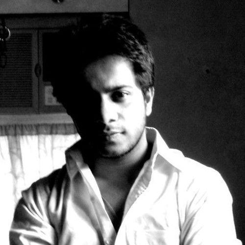 Aamil Keeyan Khan