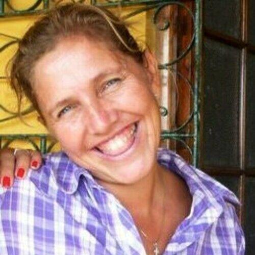 Maria Eva Gonzalez