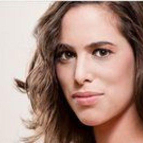 Lauren Kelston