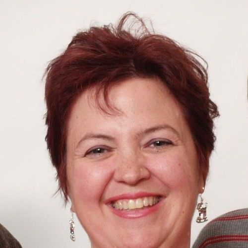 Lauri Mills
